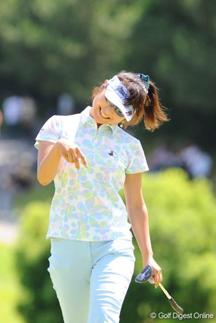 2009年 プロミスレディスゴルフトーナメント 最終日 藤田幸希 プロミスの魔女・サイキが「66」と爆発!「入ってよゥ~」の声も上機嫌でした。4位