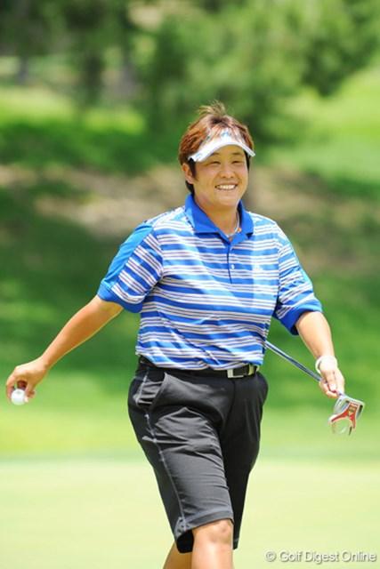 2009年 プロミスレディスゴルフトーナメント 最終日 表純子 私が取材を担当した試合では久々の上位だと思います。で、久々に笑顔の写真が撮れました。8位T