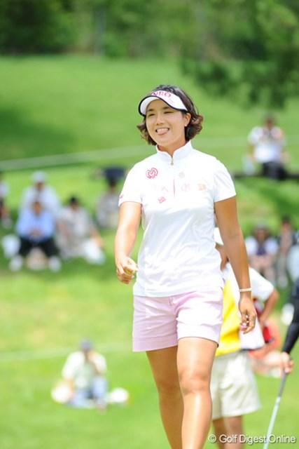 2009年 プロミスレディスゴルフトーナメント 最終日 全美貞 今週はホンマに笑顔満開でしたわ。なんかエエ話でもあるんかいな。6位T