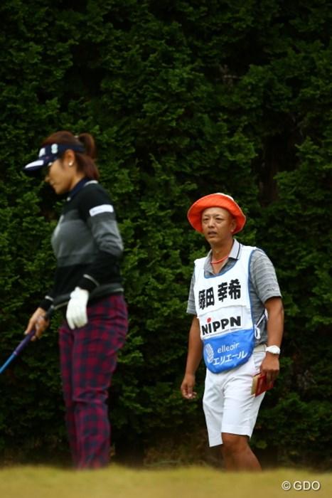 びっくりした。キャディがヤング・キムかと思った。 2015年 大王製紙エリエールレディスオープン 2日目 藤田幸希