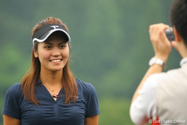 首位と2打差の3位タイにつける金井智子