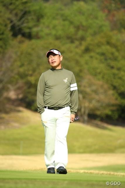 2015年 カシオワールドオープンゴルフトーナメント 3日目 平塚哲二 ここのグリーンみんな外してた。フレンチ平塚までも3パット。
