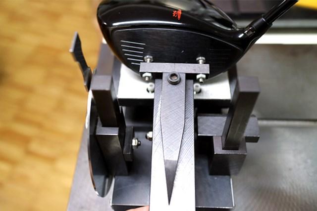 (画像 4枚目) コブラ KING LTD ドライバー マーク試打 可変ロフトのノーマルポジション10.5度に設定すると、フェース角が-1.75度とオープンフェース。フッカーとの相性が良い