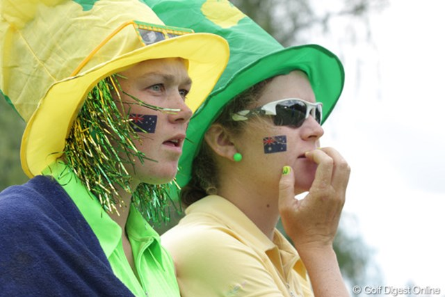 2009年 全米女子オープン 初日 オージーガール オーストラリアからカリー・ウェブの応援に駆けつけた。