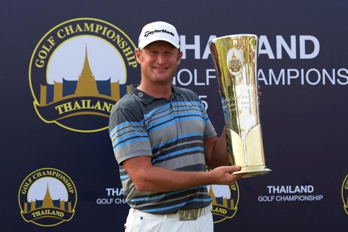 逆転で優勝を飾ったJ.ドナルドソン。来年の「全英」出場権も手に入れた ※画像提供:アジアンツアー 2015年 タイランドゴルフ選手権 最終日 ジェイミー・ドナルドソン