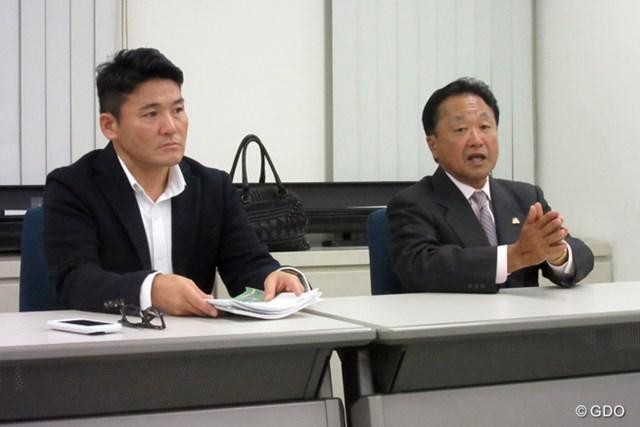 2015年 オリンピック強化委員会 正副委員長会議 倉本昌弘、丸山茂樹 委員会の会議に初めて参加した丸山茂樹(写真左)。メダル報酬への具体案を明かした