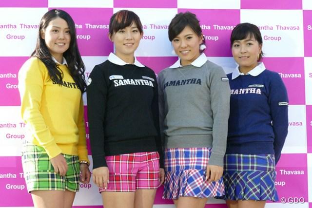 新宿「小田急ハルク」で行われたトークイベントに参加したサマンサガールズ。山村彩恵、香妻琴乃、堀奈津佳、青木瀬令奈(写真左から)