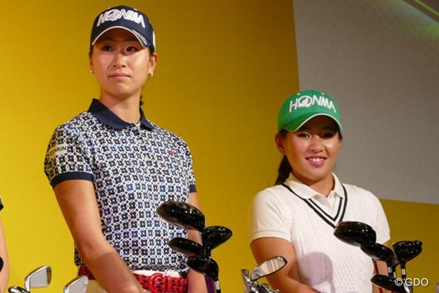2016年から本間ゴルフと契約を結んだ木戸愛(写真左)と永井花奈