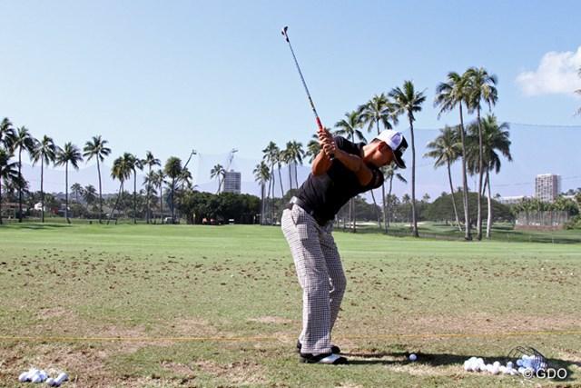 開幕2日前は練習場で調整。シーズン再開をハワイで迎える岩田寛