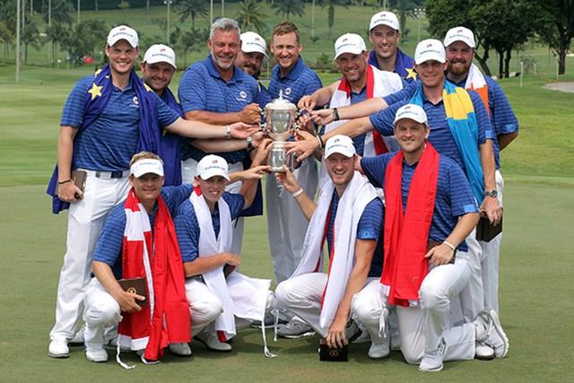 アジアチームを圧倒した欧州チームが大会初勝利を手にした(Stanley Chou/Getty Images)