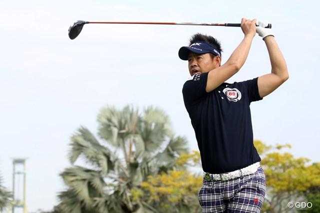 前年は勝利なしに終わったベテラン藤田寛之も、シンガポールで初戦を迎える