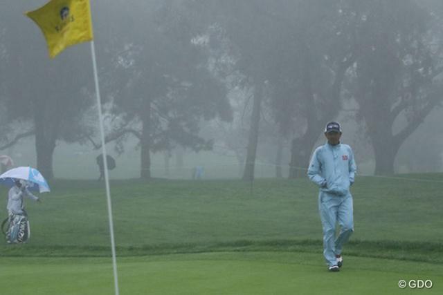暴風雨でのラウンドに選手たちはどのようなプレーを見せたのか