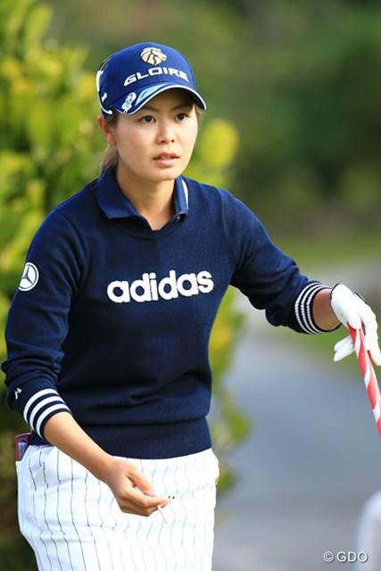 2016年 ダイキンオーキッドレディスゴルフトーナメント 初日 松森彩夏 オフに5kg増量の松森彩夏は初日を27パットで終えた