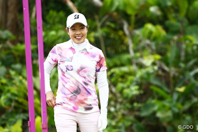 2016年 ダイキンオーキッドレディスゴルフトーナメント 2日目 西山ゆかり 首位タイで決勝ラウンドへ