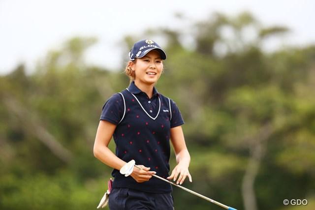 2016年 ダイキンオーキッドレディスゴルフトーナメント 3日目 松森彩夏 やっと出たよスマイル