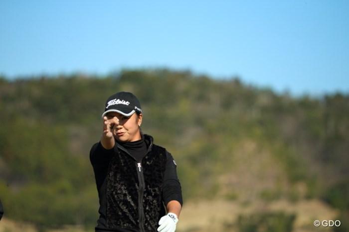 私、指の先からビームが出ます。 2016年 ヨコハマタイヤゴルフトーナメント PRGRレディスカップ 2日目 三塚優子