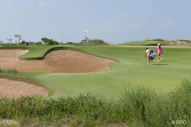 テストイベントをプレーする選手。このオリンピックコースがパブリックコースとしてブラジルゴルフの発展に寄与するはずだ