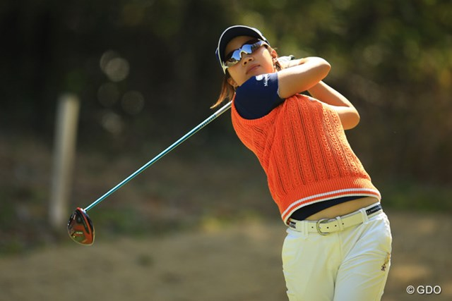 2016年 Tポイントレディス ゴルフトーナメント 最終日 大江香織 クラブ契約2シーズン目で待望のタイトルを手にした大江香織