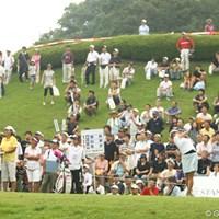 午前9時に競技開始。第1組のホステスプロ新井麻衣からスタート。 2009年 スタンレーレディスゴルフトーナメント 最終日 競技再開