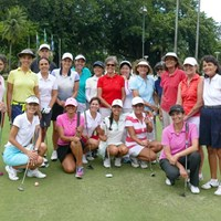 イタニャンガGCで行われた女性向けレッスン会。最前列中央の白いキャップ、白いウェアが五輪出場を狙うラブレイディ 2016年 リオデジャネイロ五輪 事前 ビクトリア・ラブレイディ