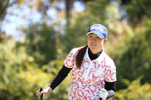 2016年 アクサレディスゴルフトーナメント in MIYAZAKI 2日目 保坂真由 時には笑顔も・・・