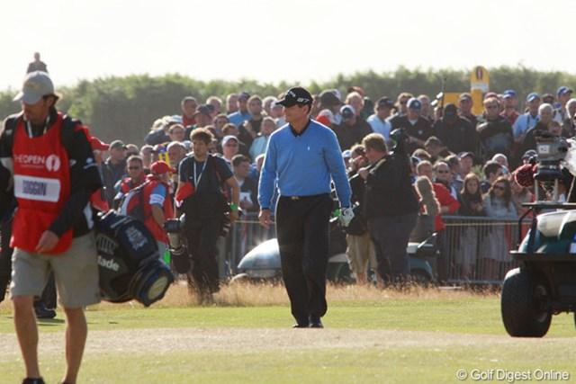 2009年 全英オープン 最終日 トム・ワトソン ギャラリーの大歓声を受けて、18番グリーンへと戻ってくるトム・ワトソン