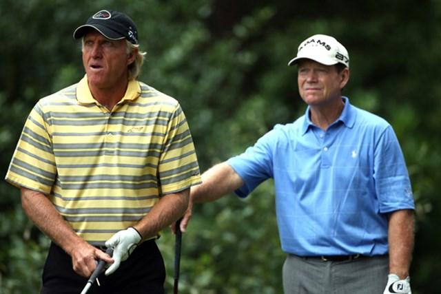 2009年 全英シニアオープン 初日 トム・ワトソン&グレッグ・ノーマン 2年続けて全英の主役を務めた盟友がシニアの舞台で優勝を目指す(Andrew Redington/Getty Images)