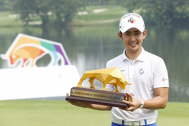 李首民が5日間にわたった大会を制し初優勝を遂げた(Lintao Zhang/Getty Images)