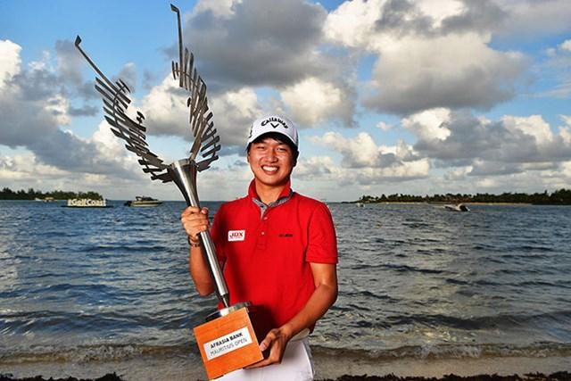 最終ホールで勝負を決め2週連続優勝となったワン・ジョンフン(Stuart Franklin/Getty Images)