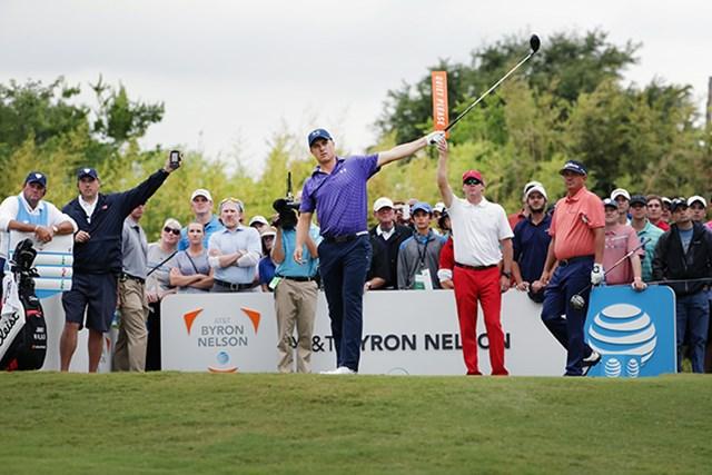 ジョーダン・スピースは暫定4位で発進した(Tom Pennington/Getty Images)