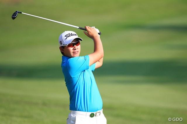 2016年 関西オープンゴルフ選手権競技 2日目 川村昌弘 帰国直後でも元気いっぱい。川村昌弘が3位で決勝ラウンドに進んだ