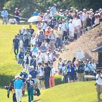 ギャラリー引き連れてますね 2016年 関西オープンゴルフ選手権競技 3日目 スコット・ストレンジ、朴ジュンウォン、川村昌弘
