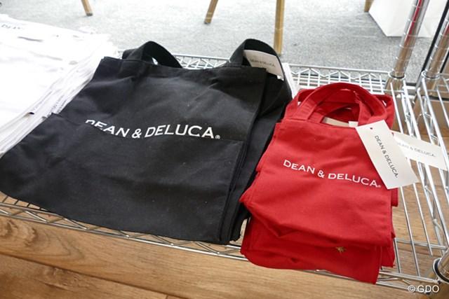 2016年 ディーン&デルーカ招待 事前 トートバッグ 見たことあるのでは?日本でも多くの女性が愛用している人気のトートバッグ