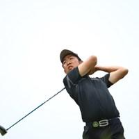 なかなか悩ましい腰つきのスイング。 2016年 日本ゴルフツアー選手権 森ビルカップ Shishido Hills 3日目 小袋秀人