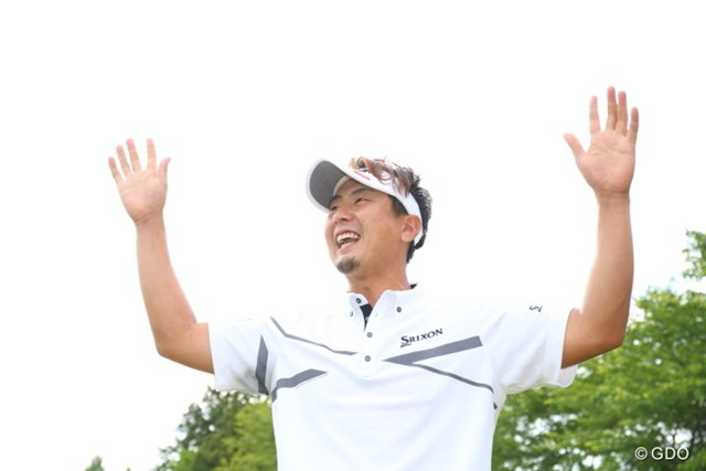 2016年 日本ゴルフツアー選手権 森ビルカップ Shishido Hills 最終日 塚田陽亮 こんなに声援をあびたのは初めてかな?