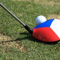 クララ・スピルコバの1W。ステッカーでチェコの国旗をあしらった 2016年 KPMG女子PGA選手権 事前 クララ・スピルコバ