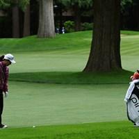 11番ホールはフェアウェイの真ん中に大木がそびえる。絵に描いたようなスタイミーでグリーンを阻まれた 2016年 KPMG女子PGA選手権 初日 上原彩子