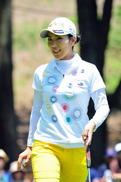 2016年 サントリーレディスオープンゴルフトーナメント 2日目 笠りつ子 ニンマリ笑顔でホールアウト。それもそのはず「69」をマークして8位タイまで浮上です