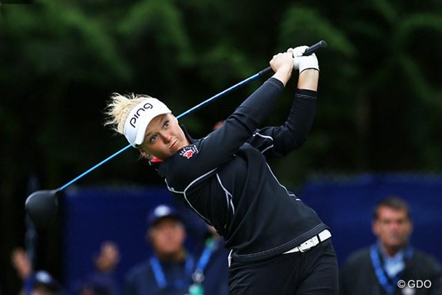 2016年 KPMG女子PGA選手権 3日目 ブルック・ヘンダーソン かなり短くグリップして、思い切って小気味好く振るスイングは、リッキー・ファウラーを彷彿とさせる