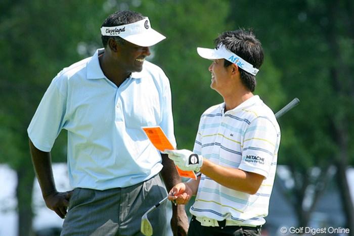 今田竜二とV.シンが同組で練習ラウンドをプレー。今田も、今や世界トップクラスのプレーヤーだ 2009年 全米プロゴルフ選手権事前情報 今田竜二&ビジェイ・シン