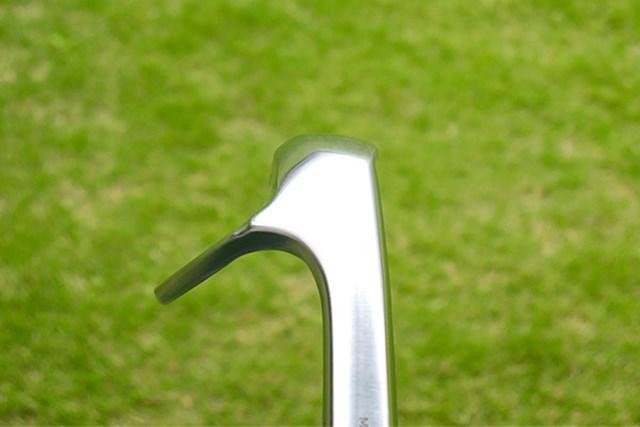 本間ゴルフ TW-W フォージド ウェッジ ヒール側からみた画像