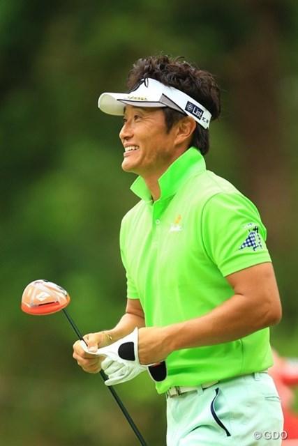 2016年 ISPSハンダグローバルカップ 2日目 宮本勝昌 今日は出入りの激しいゴルフでしたが、2つスコアを伸ばして8位タイに。明日は海外メジャーチャンピオン2人に囲まれてのラウンドです。