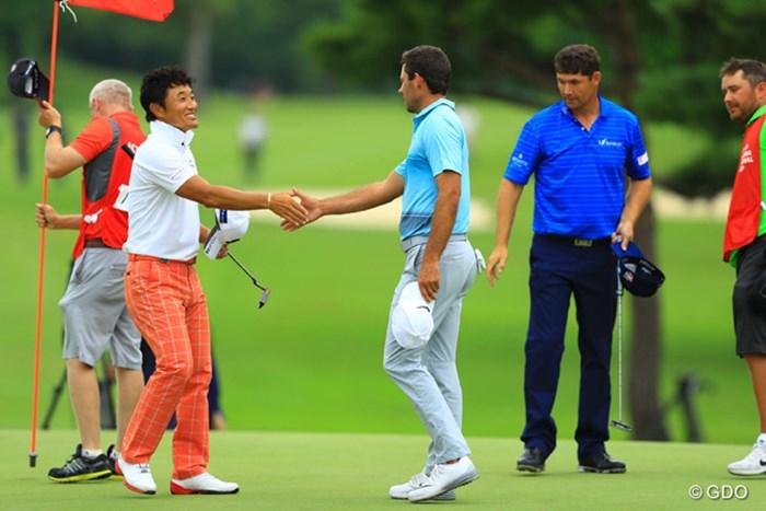 メジャー覇者2人とのラウンドに「楽しかった」。9位タイで最終日を迎える宮本勝昌 2016年 ISPSハンダグローバルカップ 3日目 宮本勝昌、シャール・シュワルツェル、パドレイグ・ハリントン