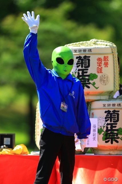 2016年 ISPSハンダグローバルカップ 最終日 宇宙人 うわっ、怖いっ!流石はUFOの町、羽咋市ですね。