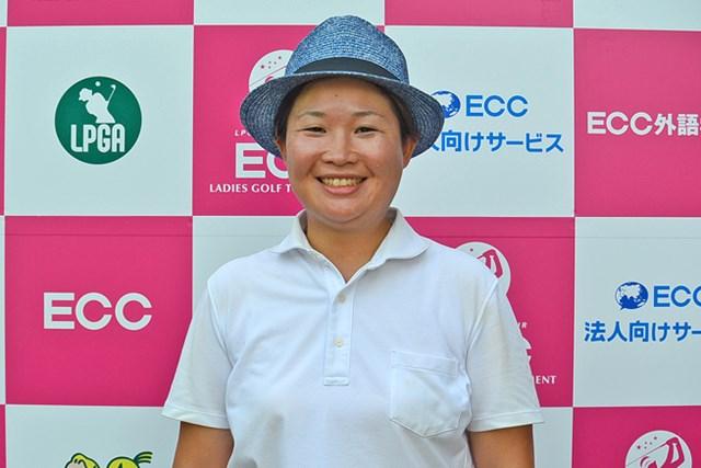 プロ未勝利の足立由美佳が単独首位で最終日へ ※画像提供:日本女子プロゴルフ協会