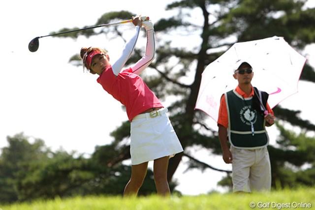 プロとしての自己最上位を更新した金田久美子。20歳になり「我慢できました。大人のゴルフですね」と笑顔