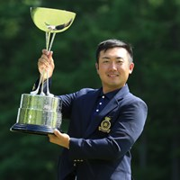 亀代順哉がプレーオフを制し、アマチュア日本一の栄冠を手にした※画像提供:日本ゴルフ協会 2016年 日本アマチュアゴルフ選手権 最終日 亀代順哉