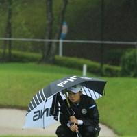 わかる。風だけでも凌ぎたい。 2016年 センチュリー21レディスゴルフトーナメント 初日 佐藤耀穂