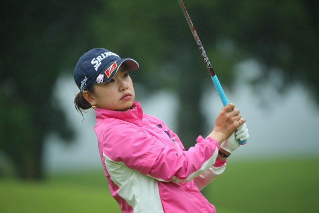 2016年 センチュリー21レディスゴルフトーナメント 初日 青山香織 青山加織はコース上で長時間の待機を強いられた1人。対応に不満を募らせた