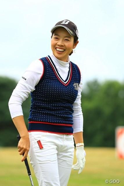 日本からの移動の疲れは見えず、笑顔で練習してました。